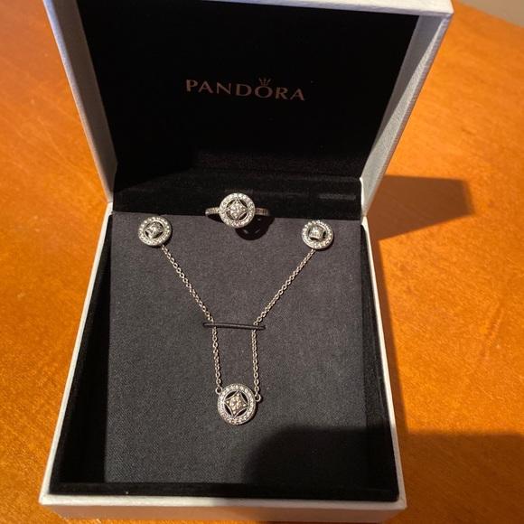 Pandora set: Vintage Circle necklace earrings ring